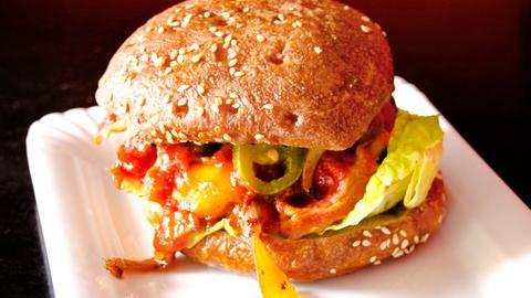Burger Peanut Proll