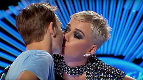 Katy Perry Kuss American Idol