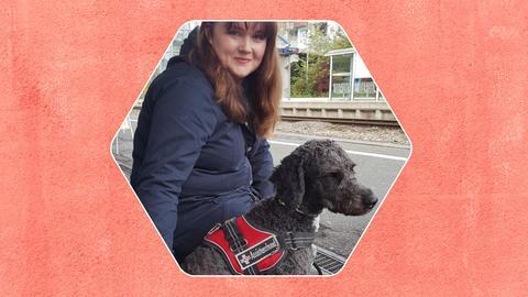 Narkoleptikerin Denise mit Hund