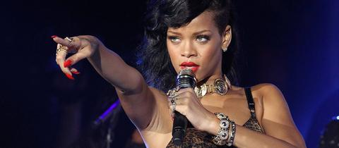 Rihanna Happy Birthday