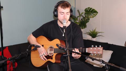 Eli Unplugged