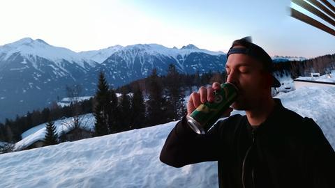 Das ist Nick: Hier trinke ich meine Bier