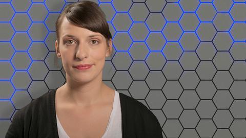 LateLine Moderatorin Caroline Korneli