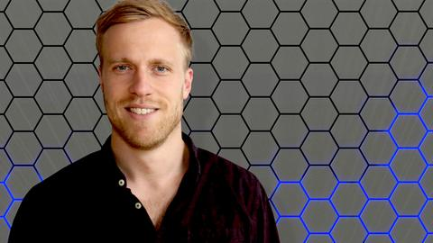 YOU FM Moderator Henrik Hanses