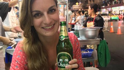 Das ist diese Freddie -  hier trinke ich mein bier